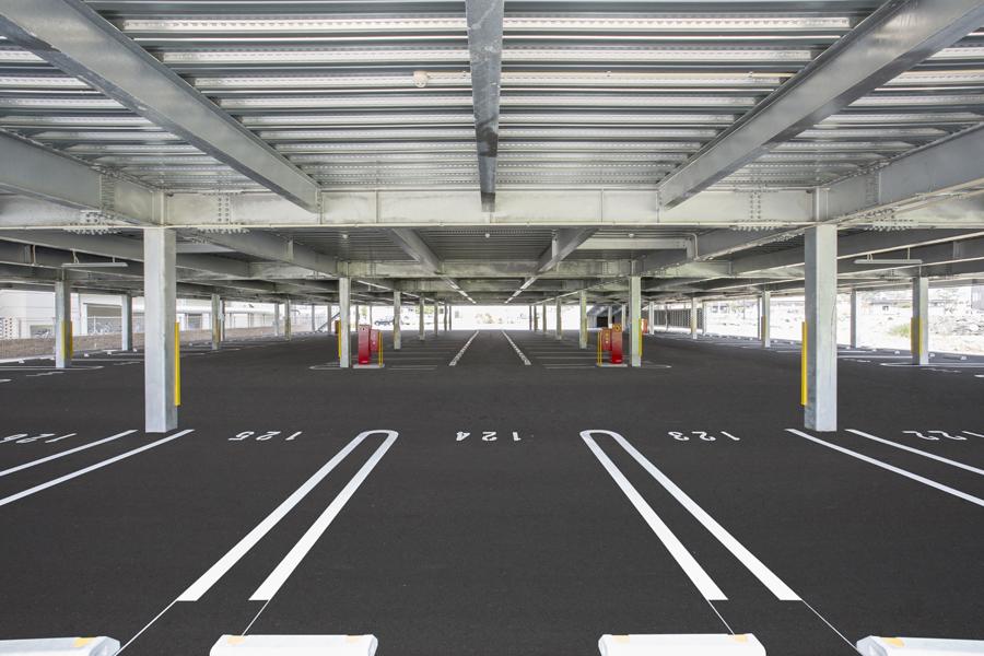 004 1階駐車場