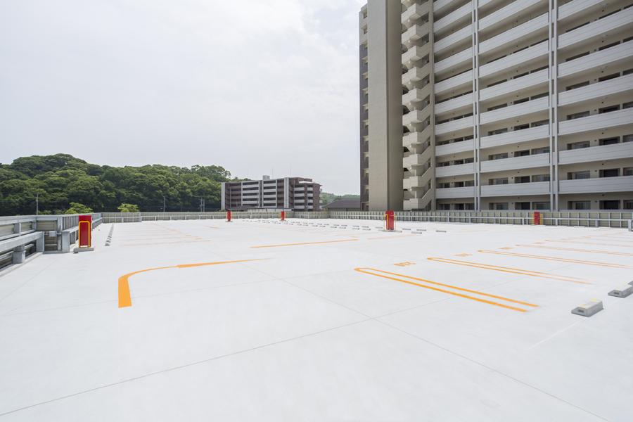 006 2階駐車場