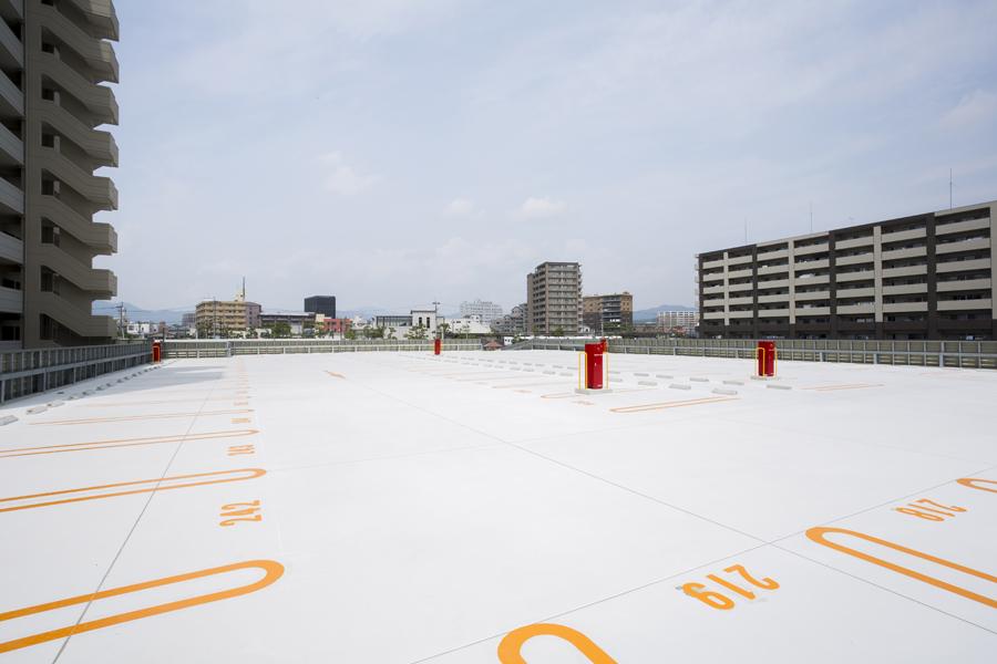 005 2階駐車場